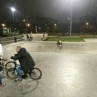 Foto diambil di Скейт-парк «Садовники» oleh Andrey K. pada 10/22/2016