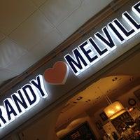 Photo prise au Brandy & Melville par 🌺Nusha🌺 le10/26/2012