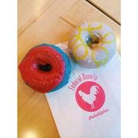 Photo prise au Federal Donuts par Vivian N. le8/11/2015