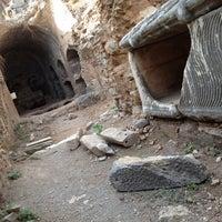 10/28/2012 tarihinde Selinziyaretçi tarafından Yedi Uyuyanlar Mağarası'de çekilen fotoğraf