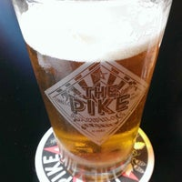 Photo prise au Pike Brewing Company par Justin D. le7/18/2013