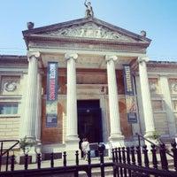 Das Foto wurde bei The Ashmolean Museum von winnie m. am 7/5/2013 aufgenommen