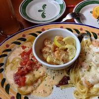 Снимок сделан в Olive Garden пользователем Fernando F. 2/23/2013