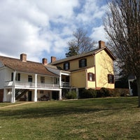 Foto tirada no(a) James Monroe's Highland por Jim R. em 2/17/2013