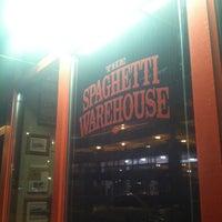 Снимок сделан в Spaghetti Warehouse пользователем Sydney 10/21/2012