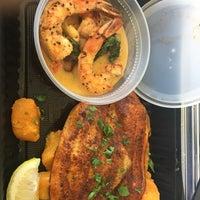 Das Foto wurde bei Pappadeaux's Seafood Kitchen von Johnika D. am 3/13/2018 aufgenommen