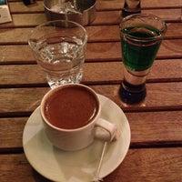 รูปภาพถ่ายที่ Hayal Kahvesi Caddebostan โดย Sibel E. เมื่อ 1/19/2013