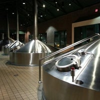 4/23/2013 tarihinde Kyle K.ziyaretçi tarafından Widmer Brothers Brewing Company'de çekilen fotoğraf