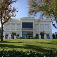 Foto tirada no(a) Sakıp Sabancı Müzesi por Nazli em 10/27/2012