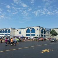 Foto diambil di Allstate Arena oleh Javier C. pada 6/30/2013