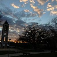Photo prise au DSC Bell Tower par Jackson R. le11/26/2012