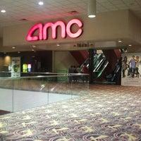 Снимок сделан в AMC River East 21 пользователем Taylor L. 9/15/2012