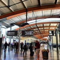 Foto tirada no(a) Raleigh-Durham International Airport (RDU) por John P. em 10/6/2012