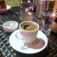 Das Foto wurde bei Nokta Cafe von Seda A. am 7/25/2013 aufgenommen