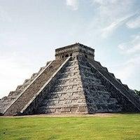 Foto tomada en Zona Arqueológica de Chichén Itzá por Citlali el 4/13/2013