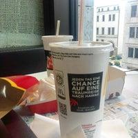 Das Foto wurde bei McDonald's von MeL S. am 7/3/2017 aufgenommen