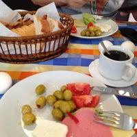 4/13/2013 tarihinde Sergey M.ziyaretçi tarafından Anadolu Hotel'de çekilen fotoğraf