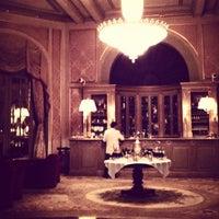 Foto tirada no(a) El Palace Hotel Barcelona por Sasha em 1/1/2013