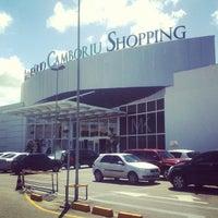 Foto tirada no(a) Balneário Shopping por Rudolfo S. em 1/21/2013