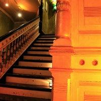 Foto diambil di Mollie Fontaine's Lounge oleh Bradley pada 9/30/2012