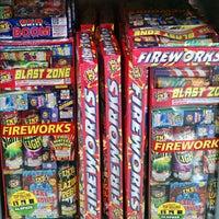 6/12/2013 tarihinde Jeff T.ziyaretçi tarafından Walmart'de çekilen fotoğraf