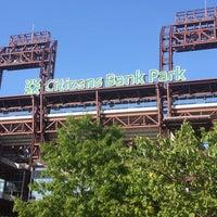 Photo prise au Citizens Bank Park par Jennifer S. le5/17/2013
