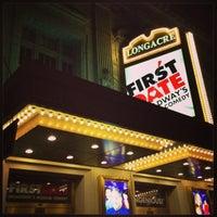 Foto diambil di Longacre Theatre oleh Mika T. pada 7/20/2013