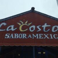 Foto tirada no(a) La Costa Taqueria por Jessica V. em 3/2/2014