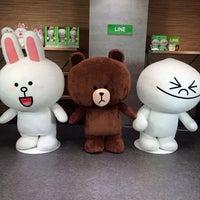รูปภาพถ่ายที่ AppBank Store 新宿 โดย egaku เมื่อ 10/6/2013