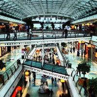 Foto scattata a Centro Comercial Vasco da Gama da Pedro S. il 9/26/2012