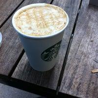 3/1/2013에 Halit İsmail İ.님이 Starbucks에서 찍은 사진