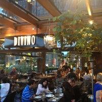 Foto tirada no(a) Restaurante Divino por Paulo Móveis do Bem em 12/18/2012
