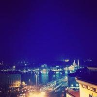 Das Foto wurde bei ZeldaZonk von Gozde am 3/23/2013 aufgenommen