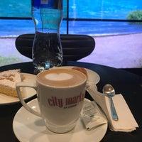 Das Foto wurde bei Market Café von Chiquyzz-Clauss O. am 9/29/2018 aufgenommen
