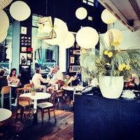 Foto diambil di Bar Lobo oleh Carlos P. pada 6/24/2013