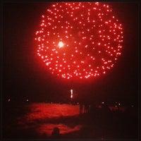 Foto diambil di Woodbine Beach oleh Cassie M. pada 7/2/2013