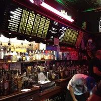 7/8/2012 tarihinde Ximena B.ziyaretçi tarafından Richard's Bar'de çekilen fotoğraf