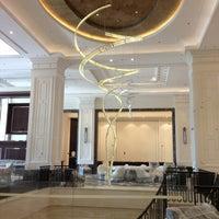 Das Foto wurde bei Hilton Istanbul Bomonti Hotel & Conference Center von Fuat am 7/20/2013 aufgenommen