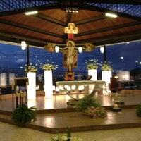 Снимок сделан в Templo De San Rafael пользователем Abigail 10/1/2012