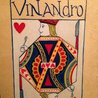 Foto tomada en Vinandro por Omar R. el 12/20/2012