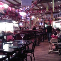 Foto tomada en Hussong's Cantina Las Vegas por Karen M. el 11/15/2012