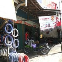 6/24/2013에 Reip B.님이 Tewe Indah Motor (H. nuai)에서 찍은 사진