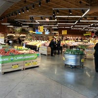 Photo prise au Mariano's Fresh Market par Danny S le4/11/2013
