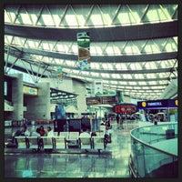 8/11/2013 tarihinde Osmanziyaretçi tarafından Ankara Esenboğa Havalimanı (ESB)'de çekilen fotoğraf