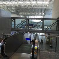 3/6/2015 tarihinde Matt B.ziyaretçi tarafından Terminal 2'de çekilen fotoğraf