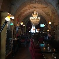 Снимок сделан в Brasserie Barock пользователем Matt B. 6/28/2018