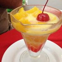 Foto tomada en Restaurante Hnos. Hidalgo Carrion por ॐ Reyna María C. el 12/1/2012