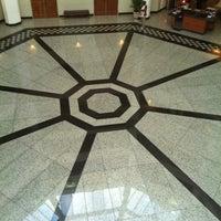 1/31/2013 tarihinde Tonya A.ziyaretçi tarafından City Hall St. James'de çekilen fotoğraf