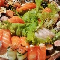 Foto tirada no(a) Hioto Japanese Food por Stevan B. em 5/17/2015
