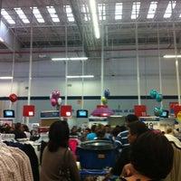 Foto tomada en Walmart por Jazz el 11/2/2012
